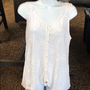 NWOT Knox Rose beautiful white tank top